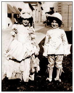 JJudy Garland - Baby Gumm - and John Perri on the Warner Bros. back lot in 1929